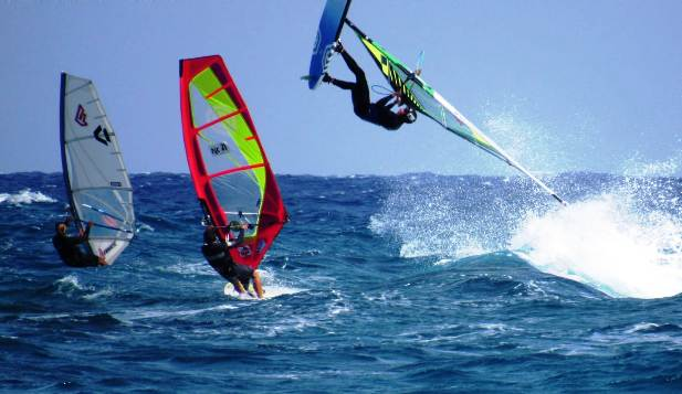Sport Vela Windsurf: Eugenio Marconi Vince la Single Elimination nel Primo Giorno di Gare